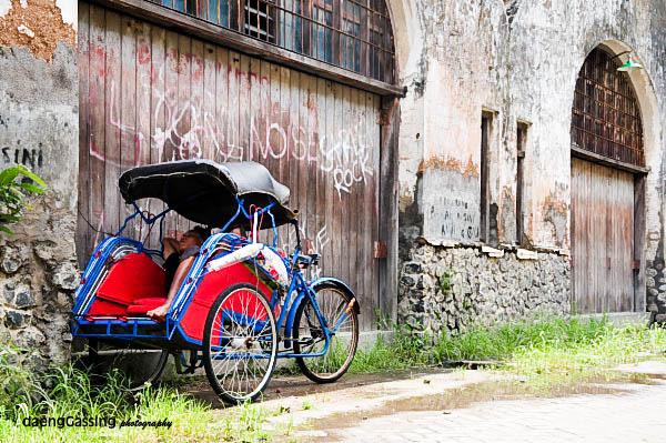 Kota tua dan becak