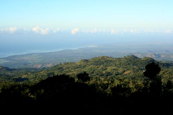 Kota Bantaeng dari puncak bukit Loka