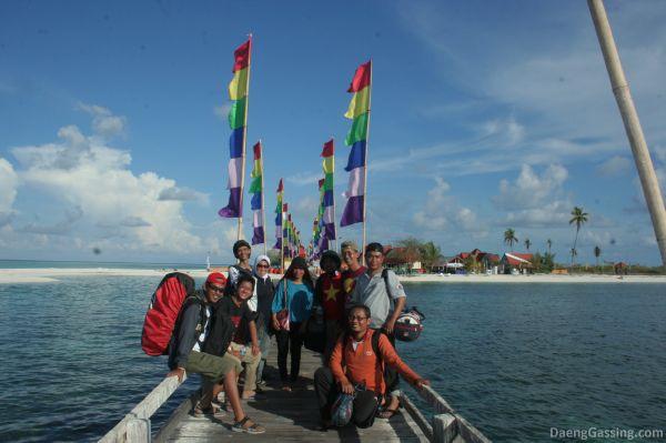 Blogger Makassar di Taka Bonerate