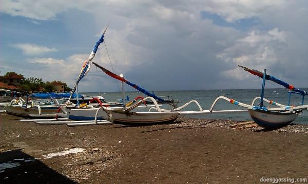 Inilah penampakan pantai Amed itu