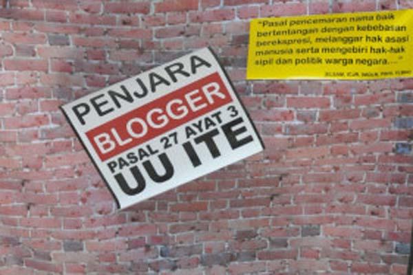 Blogger Tolak UU ITE Pasal 27 Ayat 3