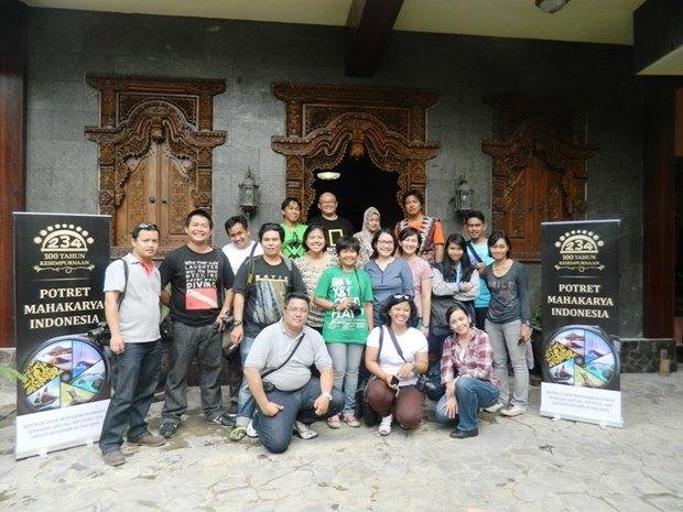 Bersama rombongan Cultural Trip ke Madura (foto: pak Amril)