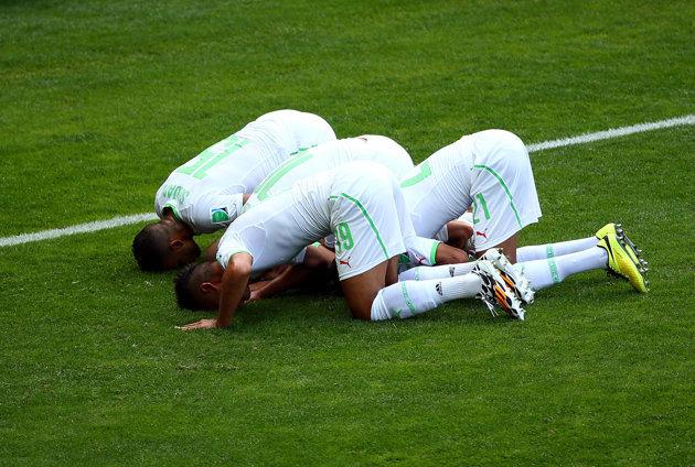 Selebrasi pemain Aljazair [Foto;FIFA.com]