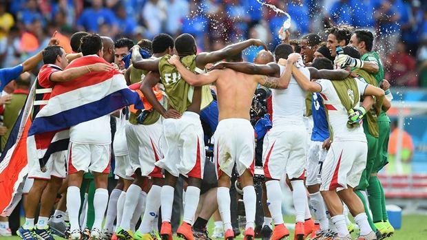 Costa Rica sang pemenang [FIFA.com]