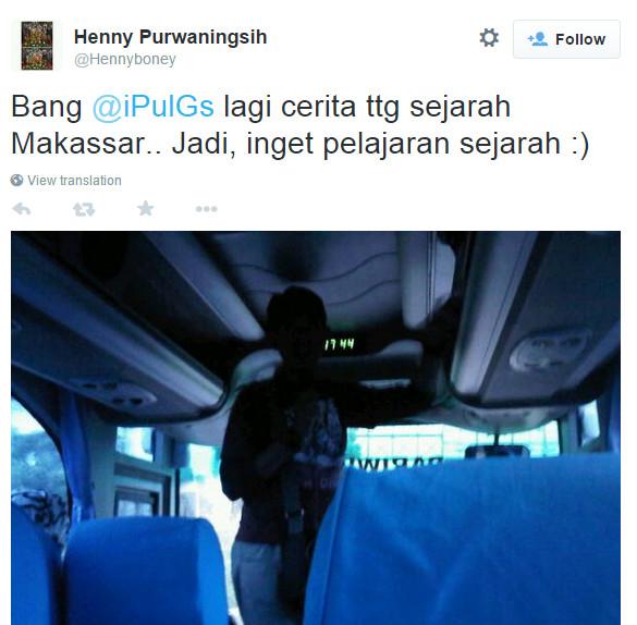 Ketika menjadi (sok) tour guide di bus
