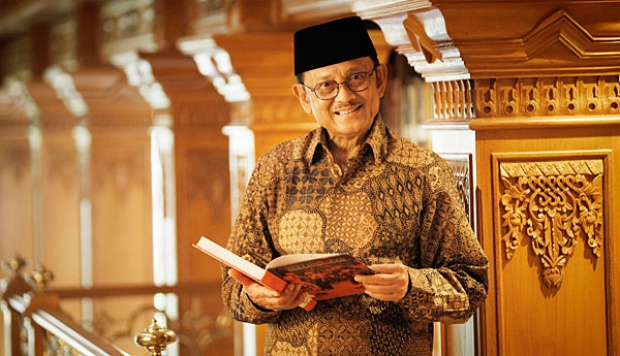 Image Result For Review Film Habibie