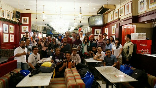 Kehebohan selepas acara (foto punya: Dudi Iskandar)