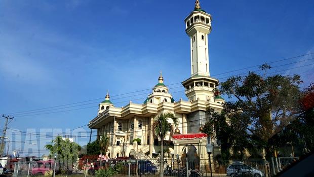 Salah satu masjid besar di Lombok