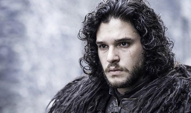Mas Jon Snow yang banyak disukai cewek-cewek
