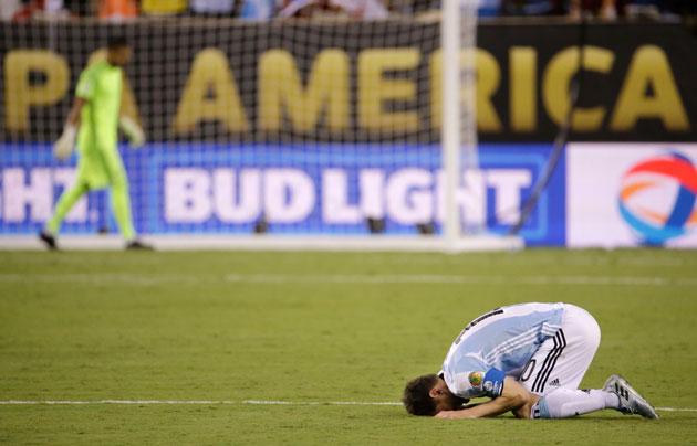 Sungguh berat beban itu untuk seorang Messi