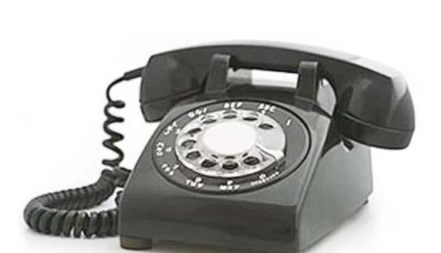 Ringgggg....ringggggg...ada teleponn!!