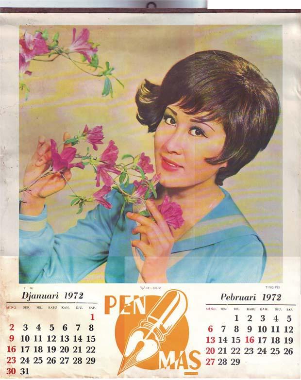 Buat remaja tanggung, kalender dengan gambar artis berbikini adalah idaman.