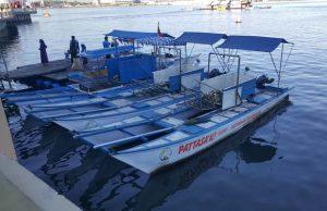 perahu pembersih sampah di Losari