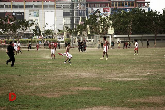 Memahami Dunia Lewat Sepakbola; Sebuah Tinjauan Buku